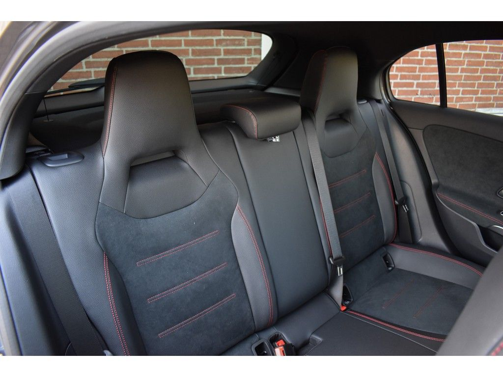 Mercedes A-Klasse A250 e Business Solution AMG Limited ...
