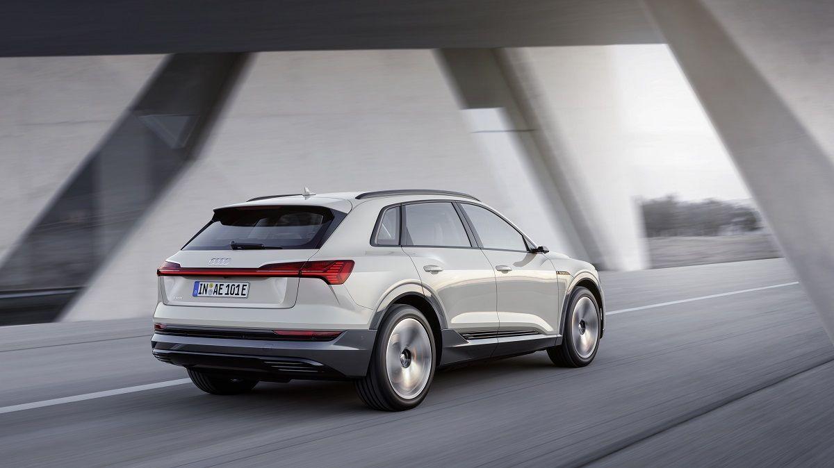 Audi Komt Met Een Kleinere E Tron Suv In 2020 Activlease