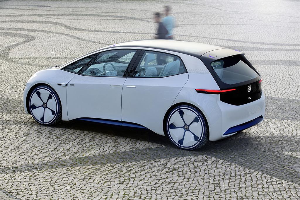 Volkswagen Start In 2019 Met Productie Van Elektrische Tesla