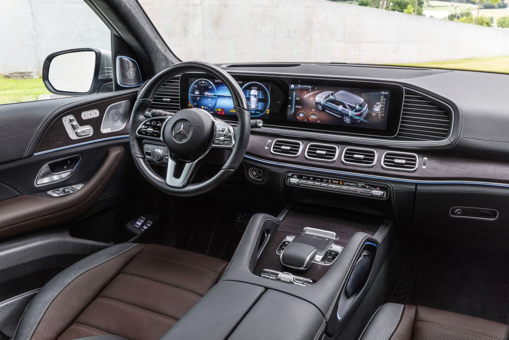 Mercedes GLE dashboard