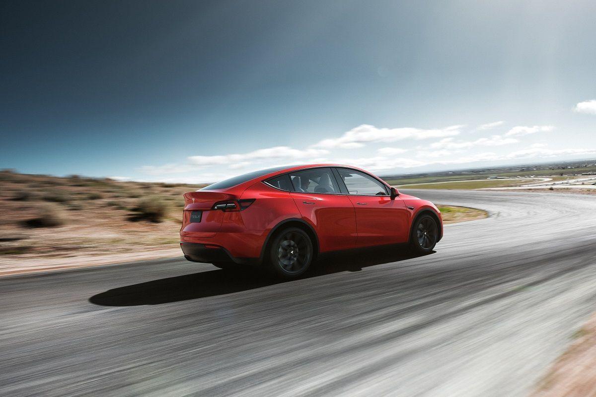 Tesla Model Y onthuld: alles wat u moet weten over de elektrische crossover  ActivLease