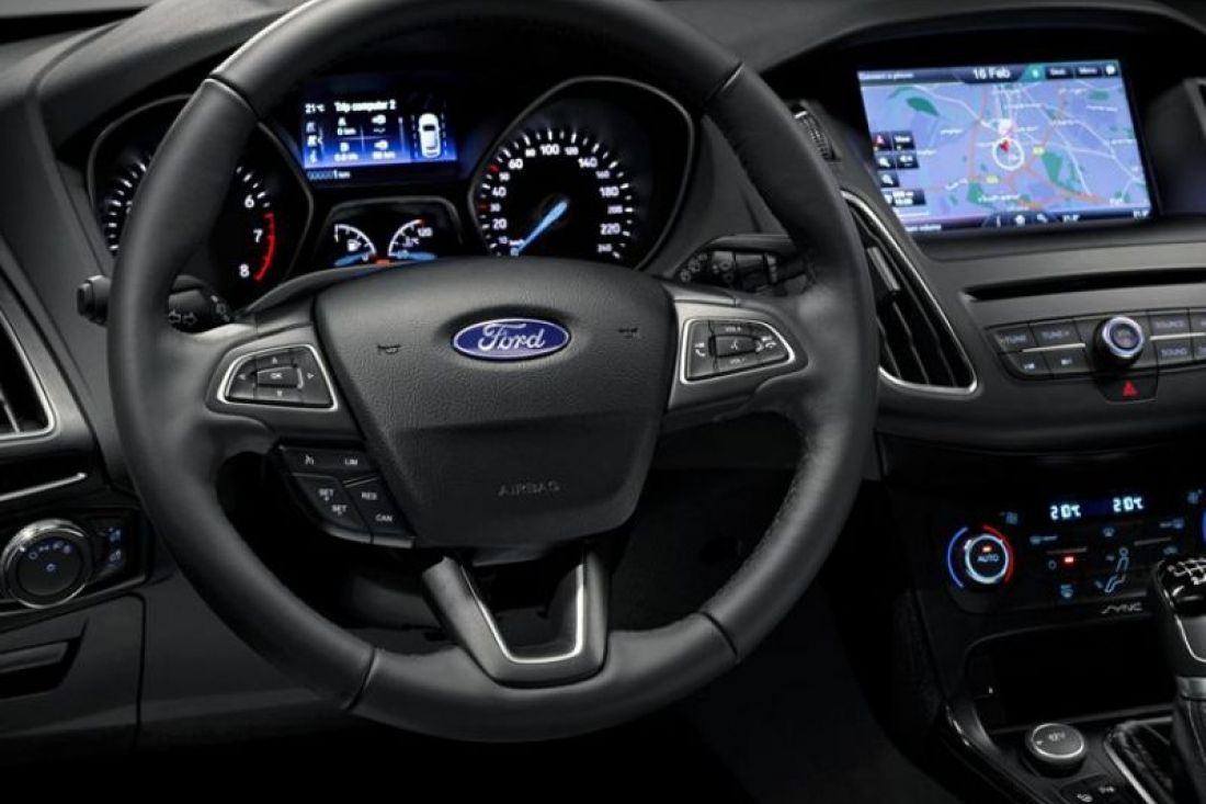 ford-focus-wagon-shortlease-interieur-activlease