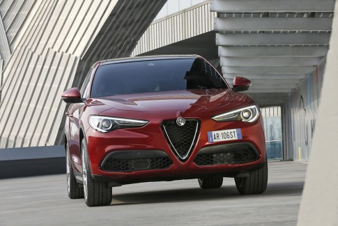 Alfa Romeo Stelvio First Edition nu te leasen bij ActivLease