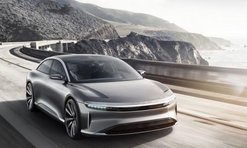 Chinese beauty bedreigt Tesla, BMW en Mercedes