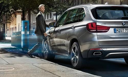 Plug-in hybrids BMW 330e en de BMW 225xe  beide met 15% bijtelling