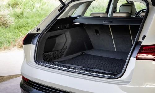 Filmpje: Audi e-tron bagageruimte getest en vergeleken