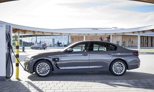 Plug-in hybride BMW 3-serie en 5-serie vanaf nu goedkoper te leasen