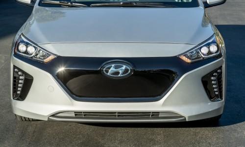 De Hyundai IONIQ EV lease. Leverbaar in meerdere luxe uitvoeringen