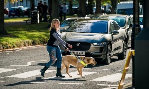 Jaguar I-Pace maakt speciaal geluid om voetgangers te beschermen