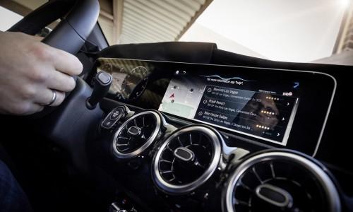 Mercedes-Benz User Experience maakt van uw auto een persoonlijke assistent