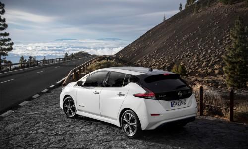 De Nissan Leaf: een elektrische auto met bagageruimte voor het hele gezin