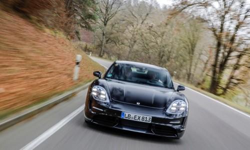 Porsche Taycan populair onder Tesla-rijders, productie verdubbeld