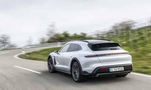 Porsche Taycan Cross Turismo: elektrische estate die sneller gaat dan een Tesla