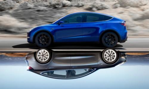 Tesla Model Y vs Tesla Model 3: welkeis het snelst?