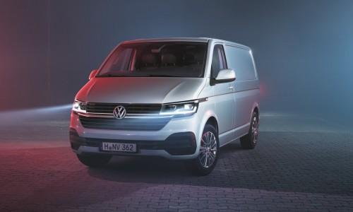 Volkswagen zet vernieuwde Transporter en Multivan onder stroom